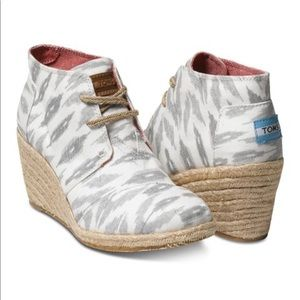 TOMS desert ankle boot wedge - Ike's